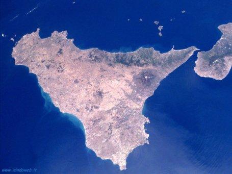 foto_sicilia_satellite